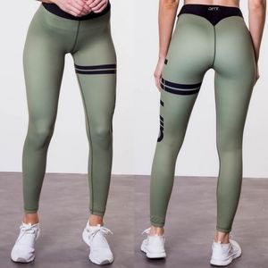 Aim'n olive green leggings size small
